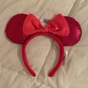 Hot Pink sparkle Minnie Ears NWT